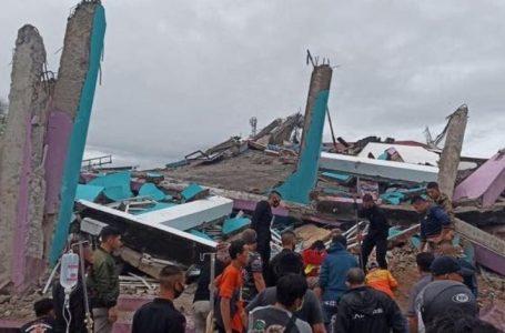 Gempa Bumi di Sulbar Disorot Dunia